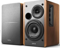 best powered bookshelf speakers under 200